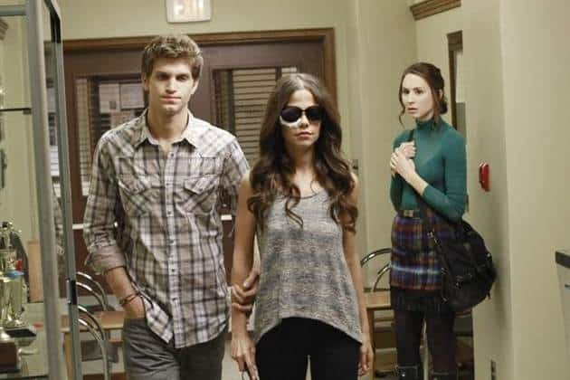 Pretty Little Liars Promos & Photos: Toby Is Back But Spencer Gets the Cold Shoulder
