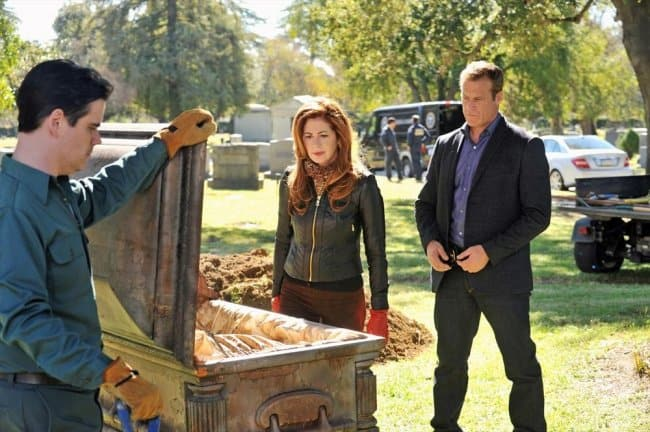 Tonight Body of Proof: Megan Closes the Case of her Father's Mysterious Death (Sneak Peeks)
