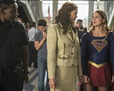 "Supergirl Season 2 Episode 3 Review: ""Welcome to Earth"""