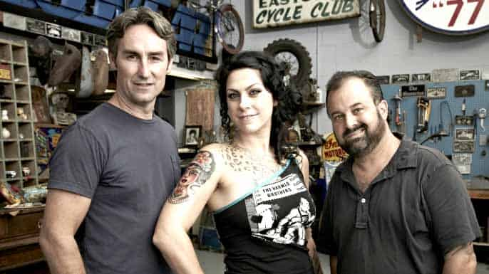 Cast of american pickers danielle