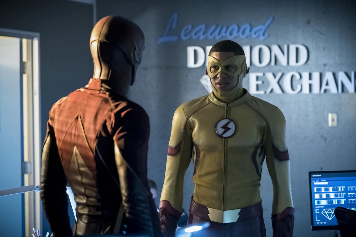 "The Flash Season 3 Episode 10 Review: ""Borrowing Problems from the Future"""