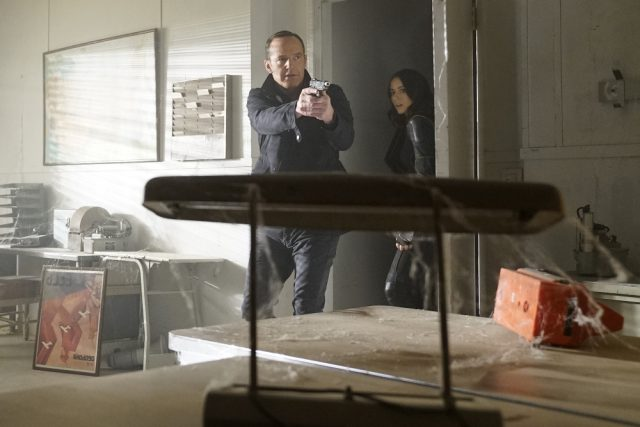 "Agents of SHIELD Season 4 Episode 14 Review: ""The Man Behind the Shield"""