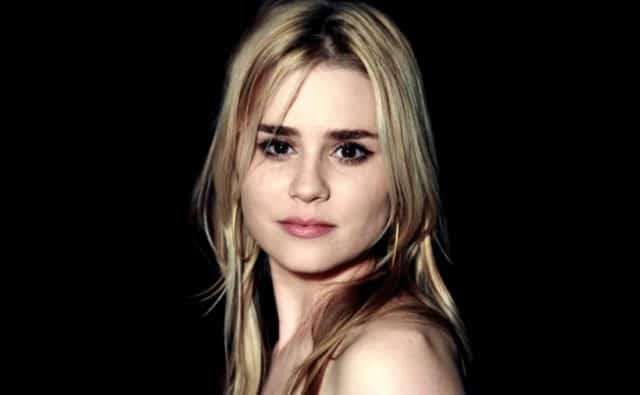Alison Lohman Nude Photos 53