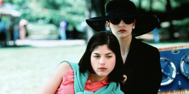 The Five Best Female Movie Villains of the 90s