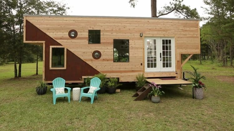 "Why the Show ""Tiny House Nation"" Was Great for TV"