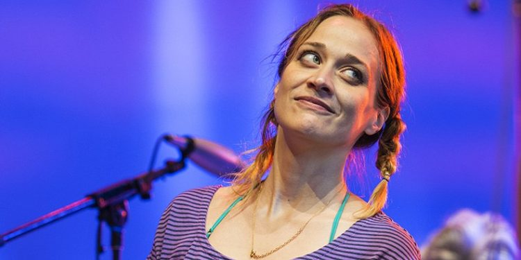 The 42-year old daughter of father (?) and mother(?) Fiona Apple in 2020 photo. Fiona Apple earned a  million dollar salary - leaving the net worth at  million in 2020